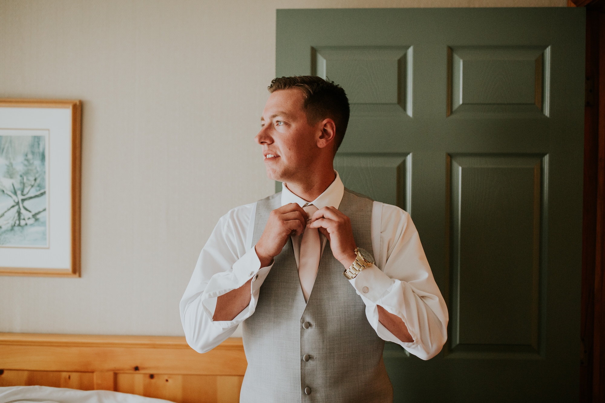 Elmhirst Resort Wedding - groom prep